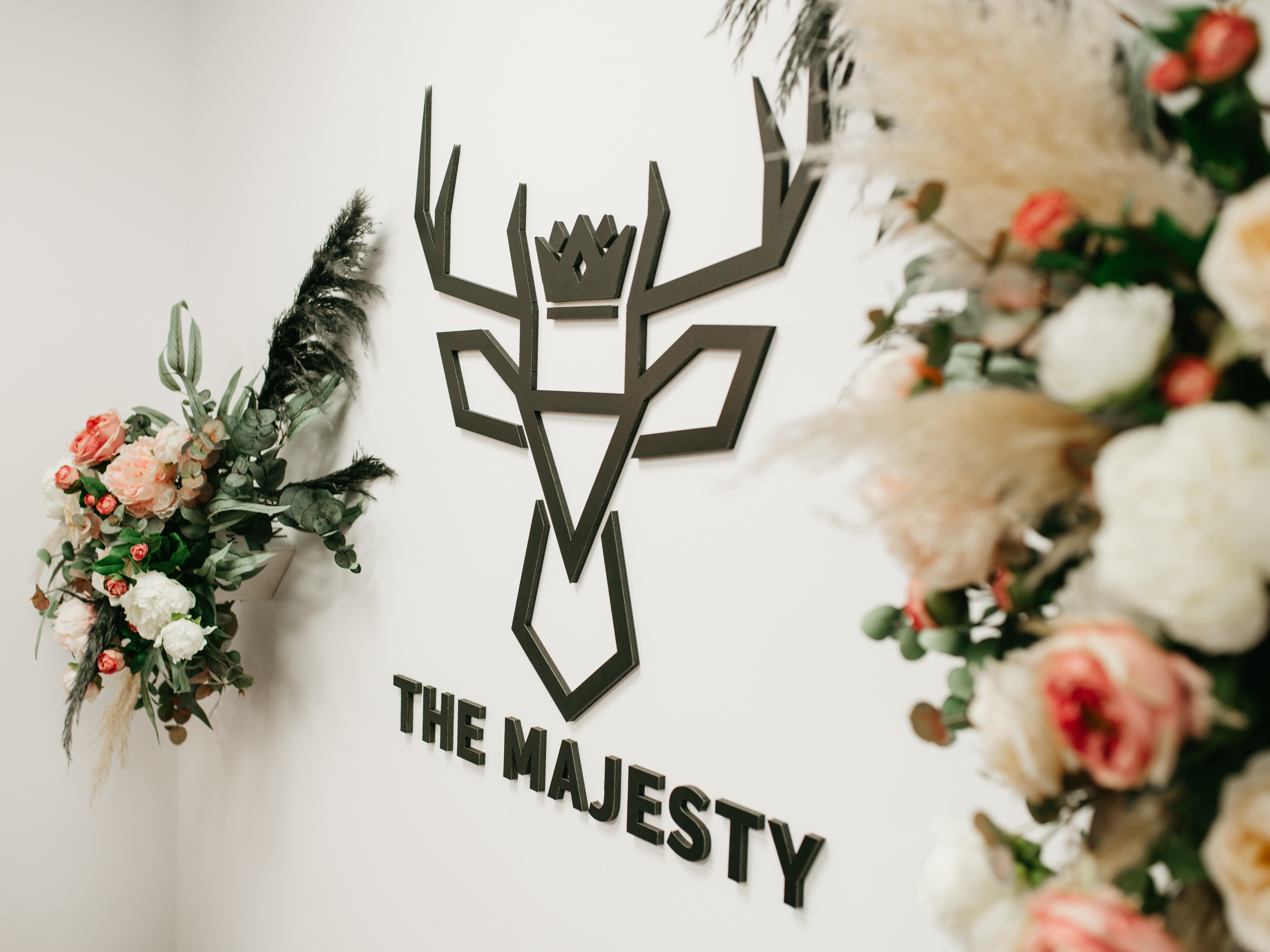 THE MAJESTY STUDIO